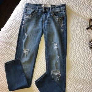 Abercrombie & Fitch Embellished Jeans  J108
